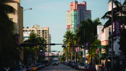 South-Beach-Collins-Ave-Tortofino-Tower-2