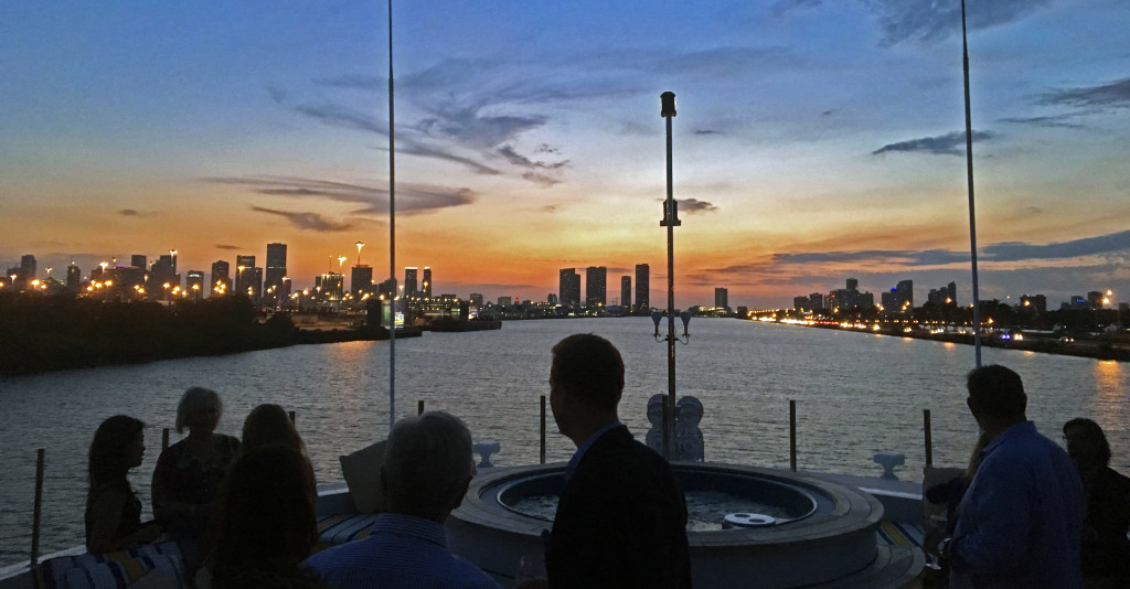 Guests were treated to a spectacular sunset behind a glowing Miami skyline.