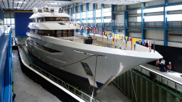 feadship_joy_launched_010-2x750